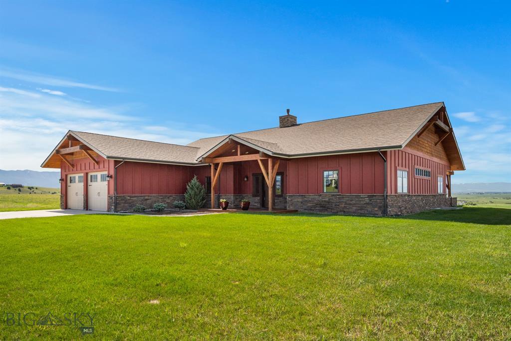 302 Mockingbird Drive Property Photo 1