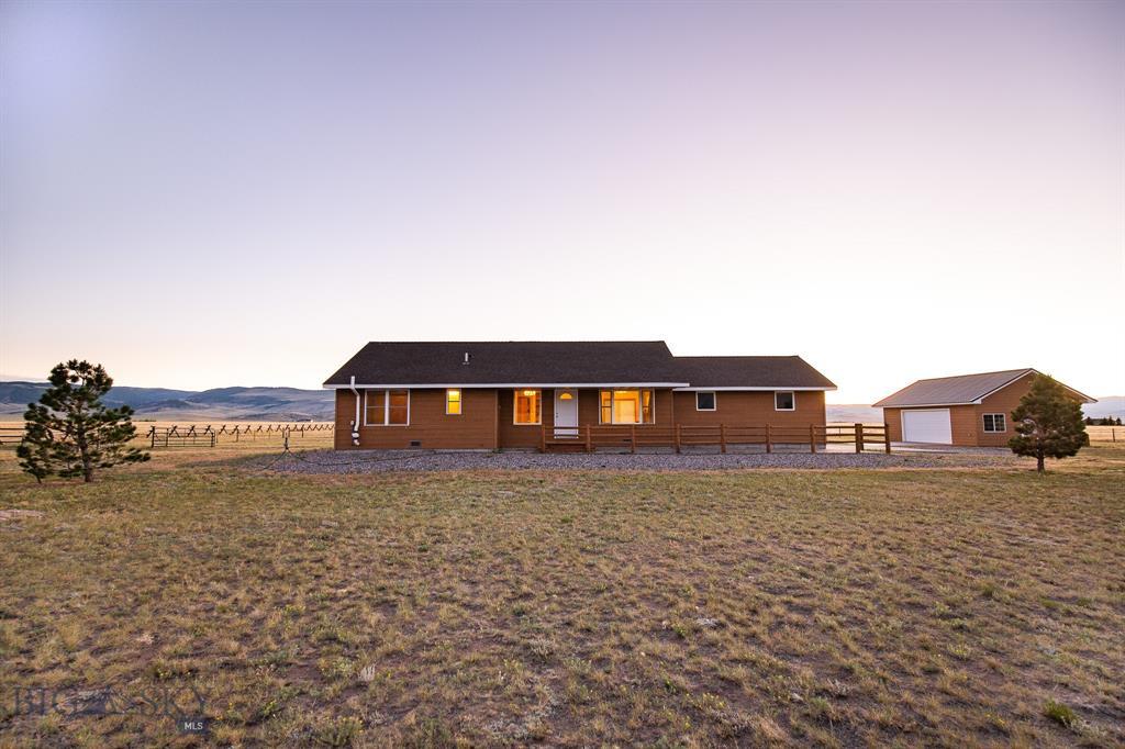 6 Lonesome Dove Road Property Photo 1