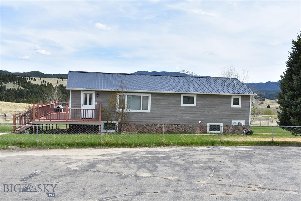 392 Standby Creek Road Property Photo 1