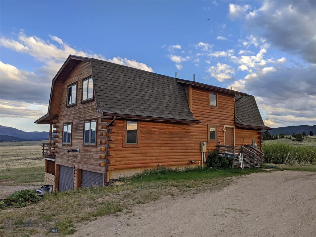 251 E Badger Property Photo 1