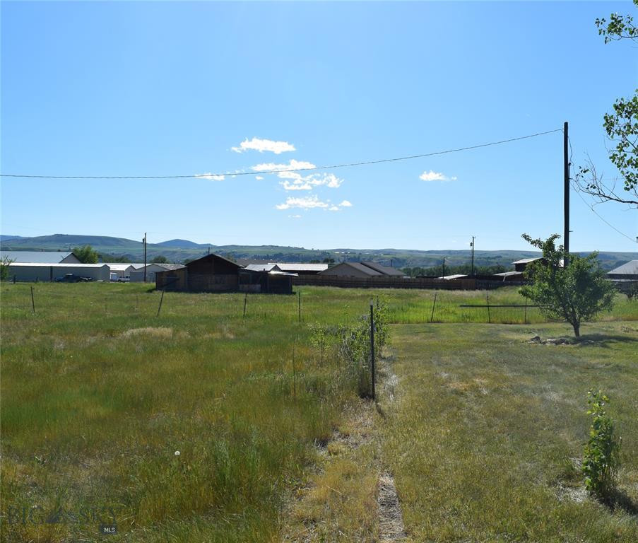 425 Garnet Mountain Property Photo 1