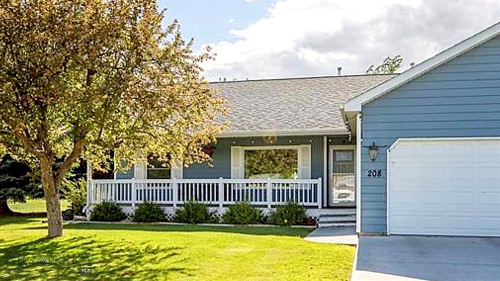 208 Cedar St. Property Photo 1