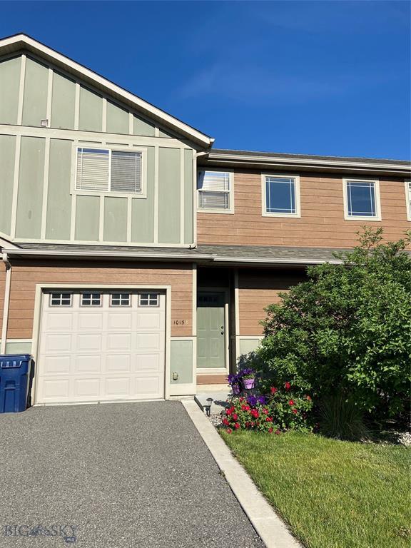 1015 Longbow Lane B Property Photo 2