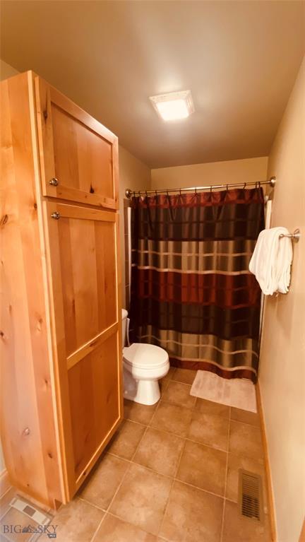1015 Longbow Lane B Property Photo 22