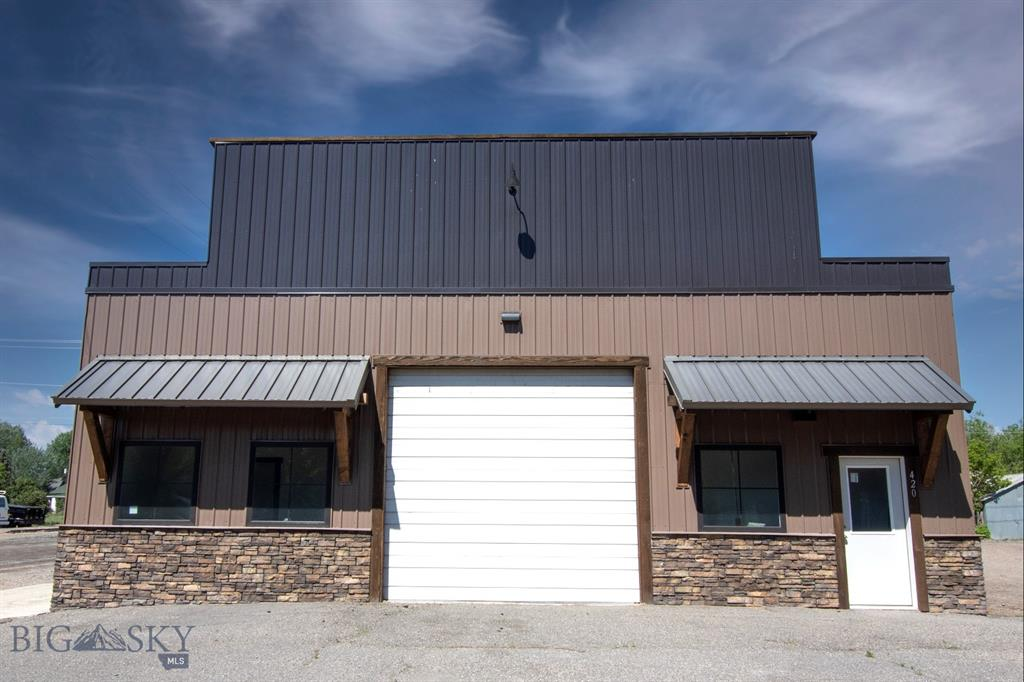 420 S Main Property Photo 1