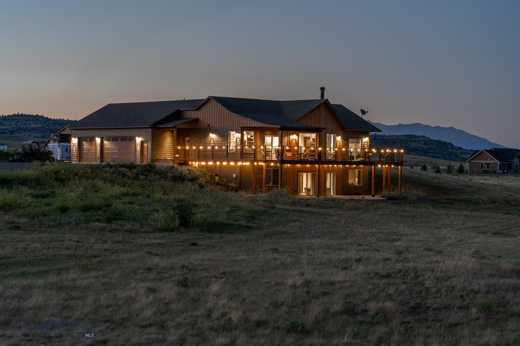 8 Pronghorn Trail Property Photo 1