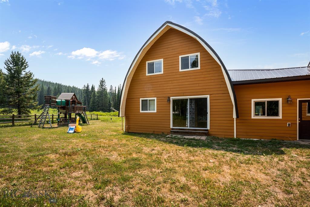 159 Mule Deer Road Property Photo 3