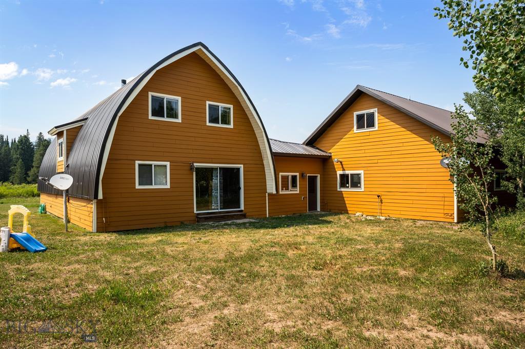 159 Mule Deer Road Property Photo 6