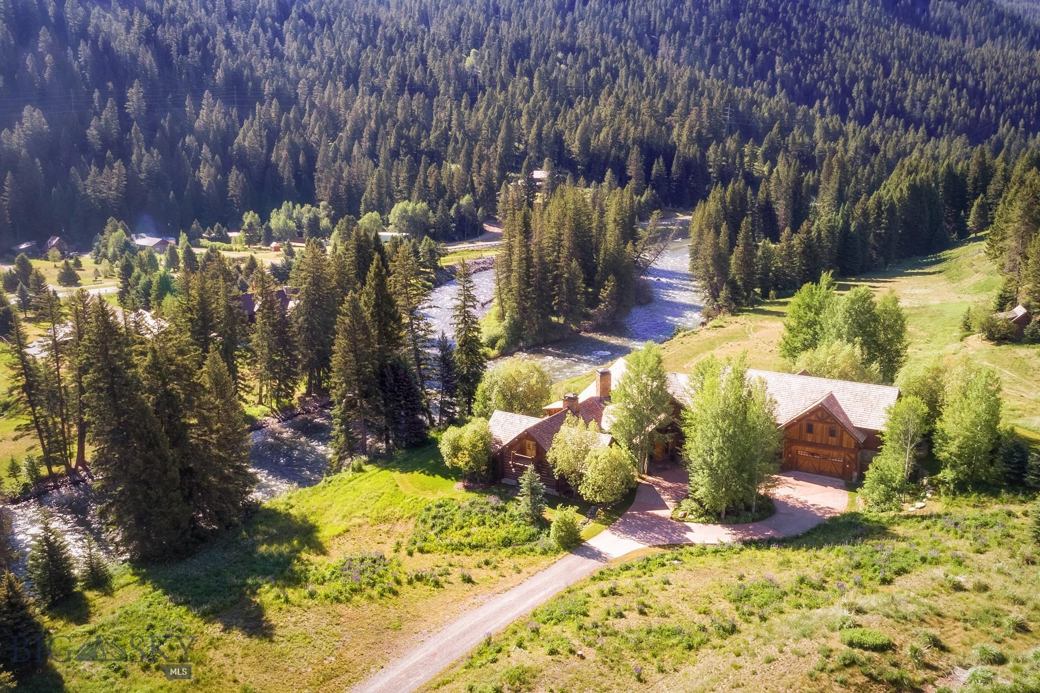528 Karst Stage Loop Property Photo 8