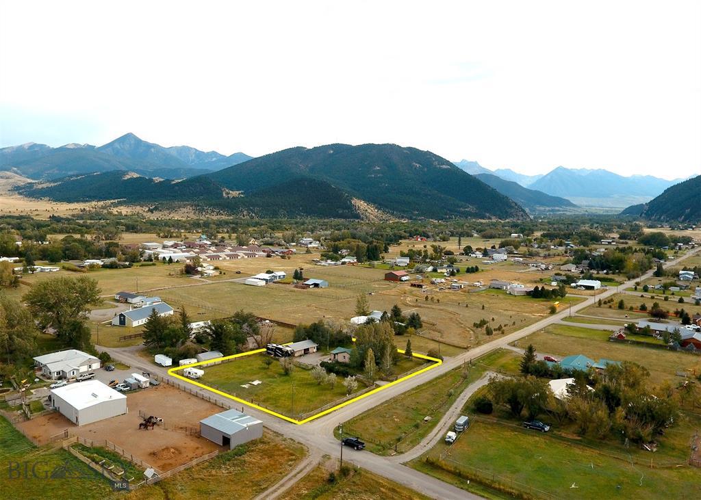 129 Canyon View Drive Property Photo 1