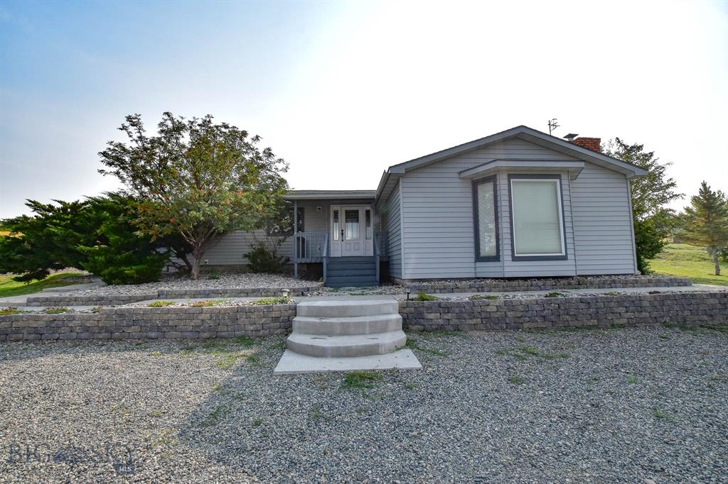 16 Sullivan Ridge Property Photo 1