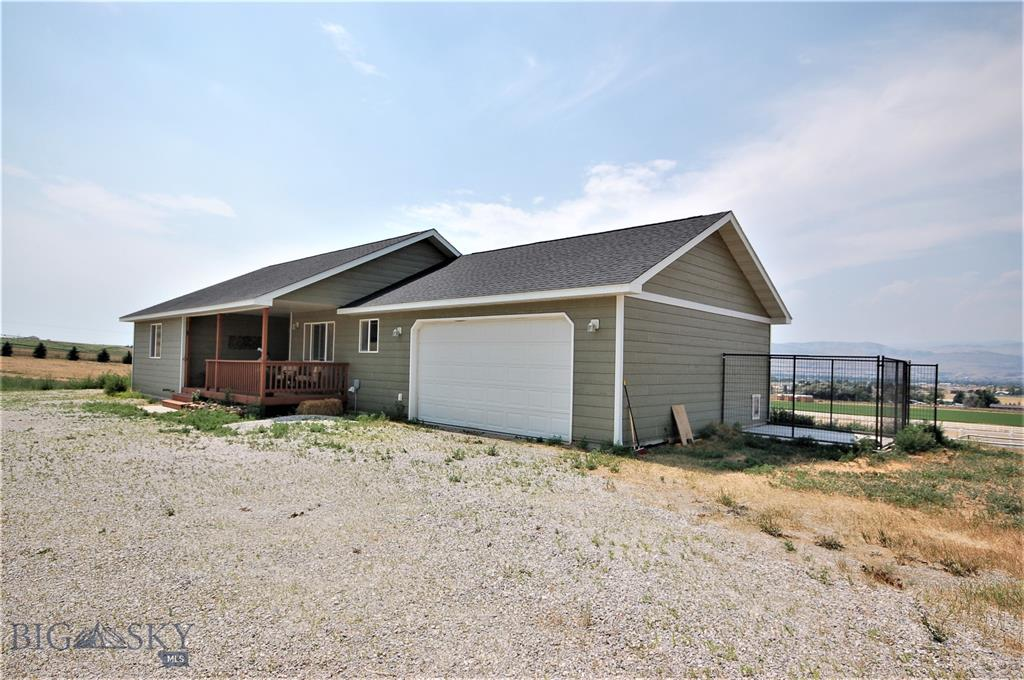11 Sullivan Ridge Property Photo 1