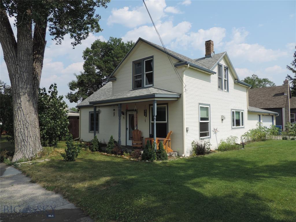 401 E 3rd Property Photo 1