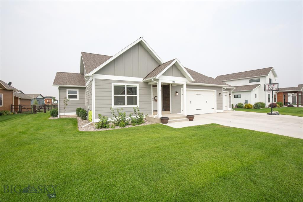 285 Northwest Passage Lane Property Photo 1