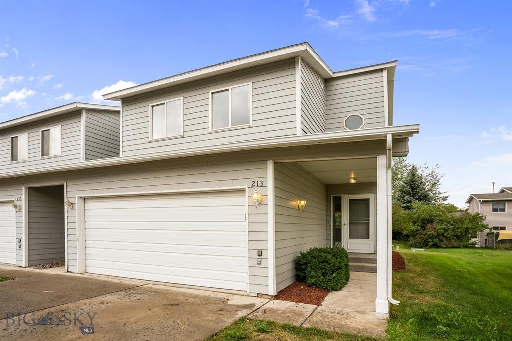 213 E Granite Property Photo 1