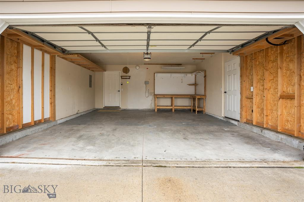 2622 Rose Street Property Photo 4
