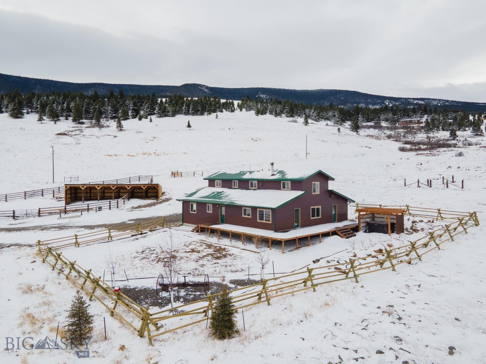 28 Pony Property Photo 1