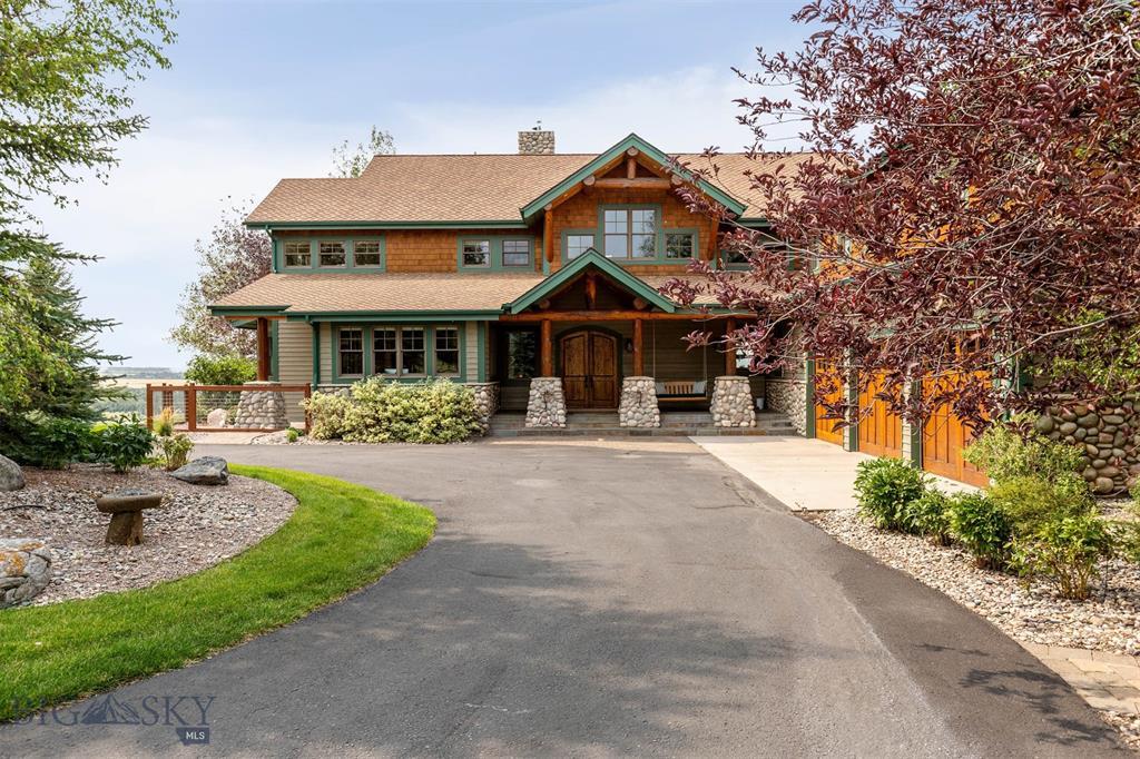 390 Hayrake Lane Property Photo 1