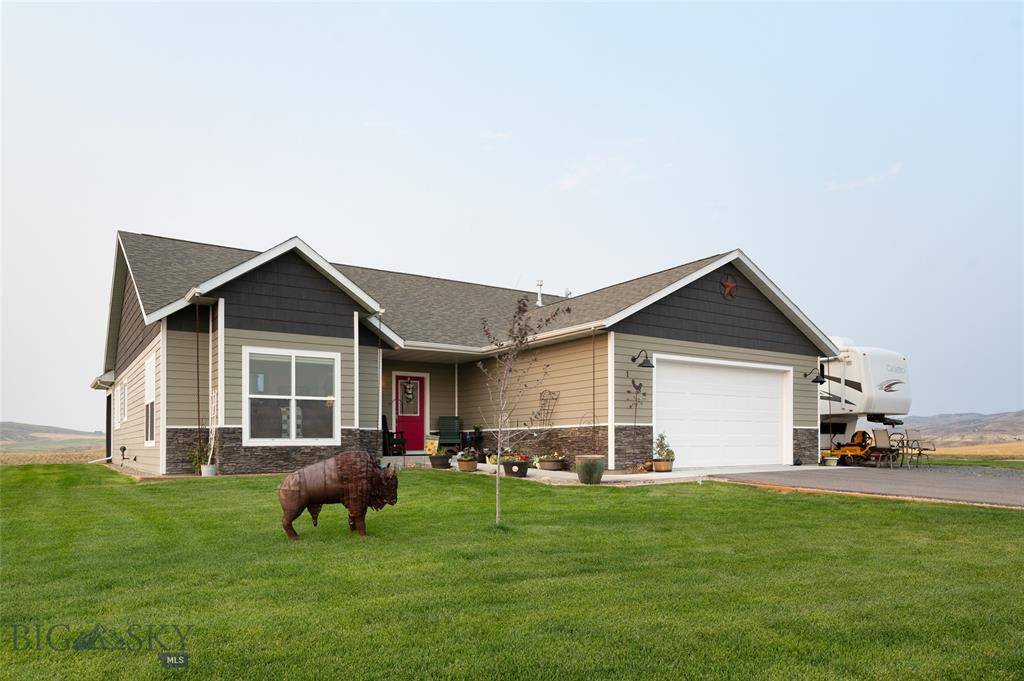 108 Rolling Prairie Property Photo 1