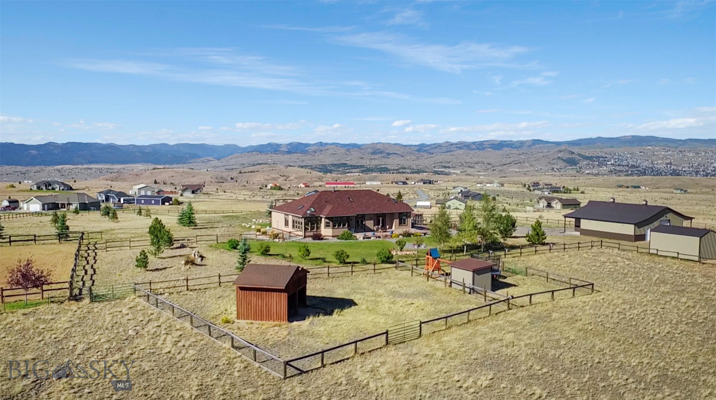 418 Saddlehorn Drive Property Photo 1
