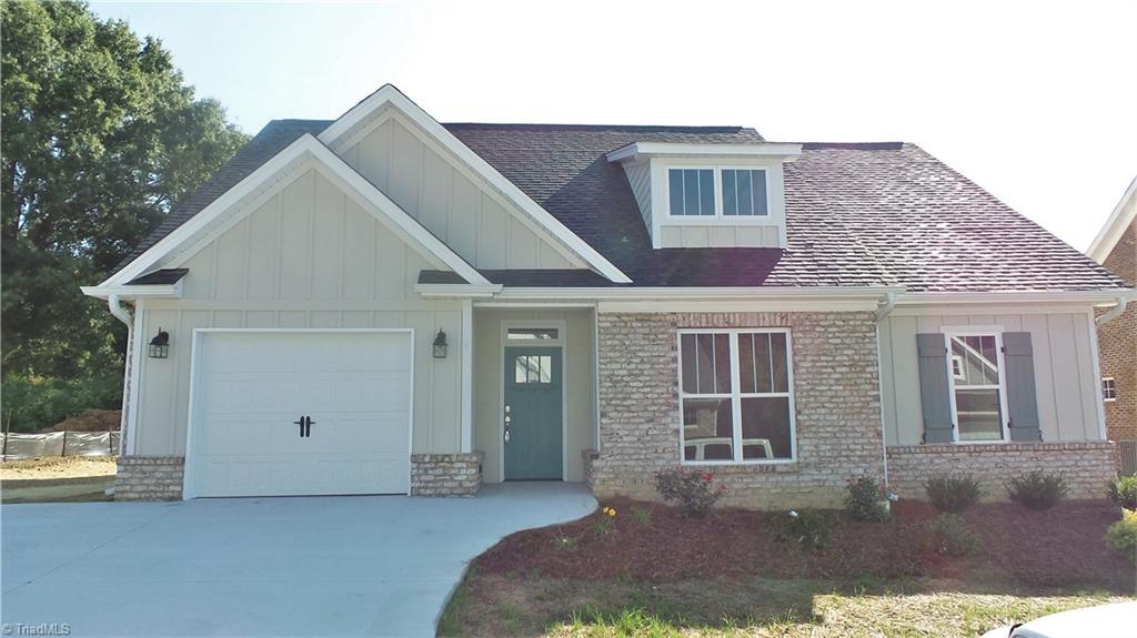 426 Fernwood Drive Property Photo