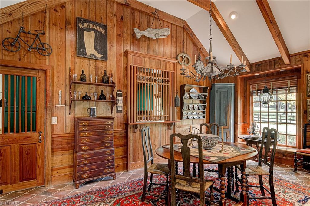 3550 Middlebrook Drive Property Photo 17