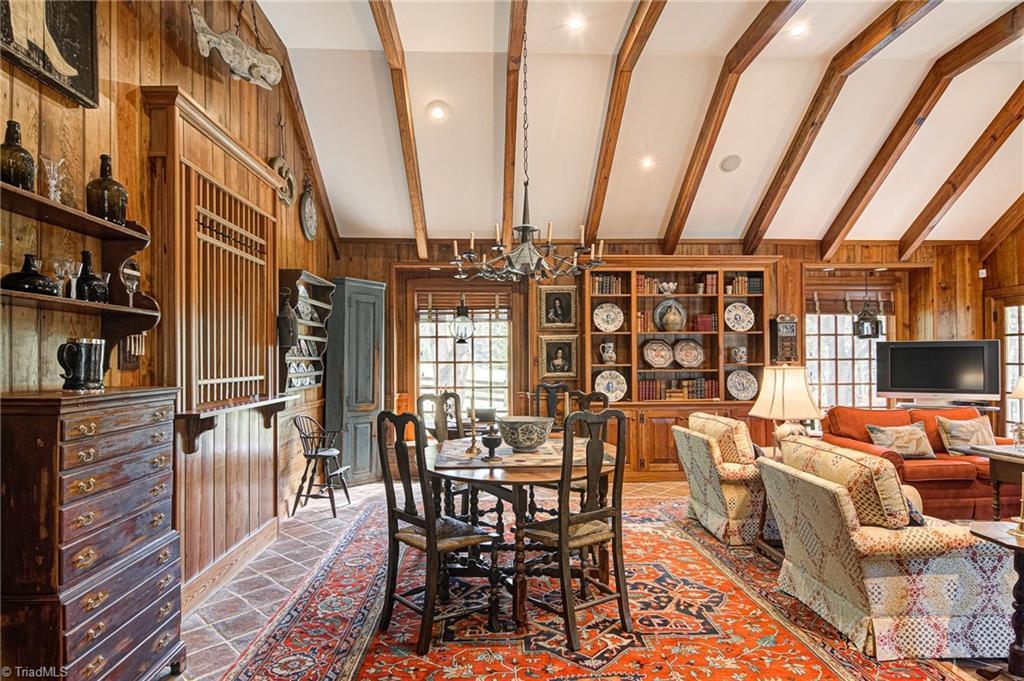 3550 Middlebrook Drive Property Photo 18