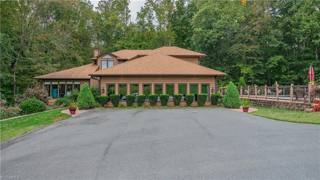 997 Embler Road Property Photo