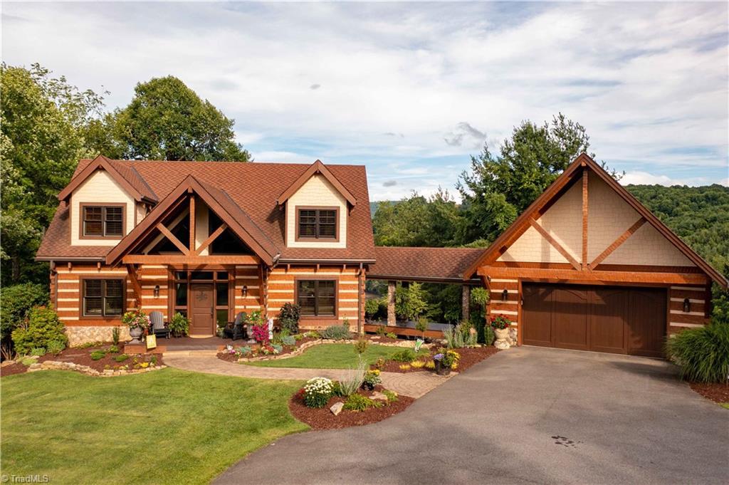 28675 Real Estate Listings Main Image