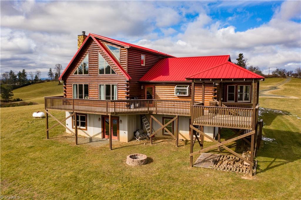 498 Saddle View Road Property Photo