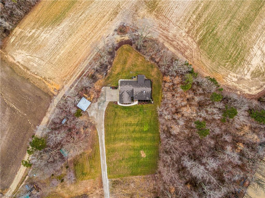 6011-6015 Burlington Road Property Photo