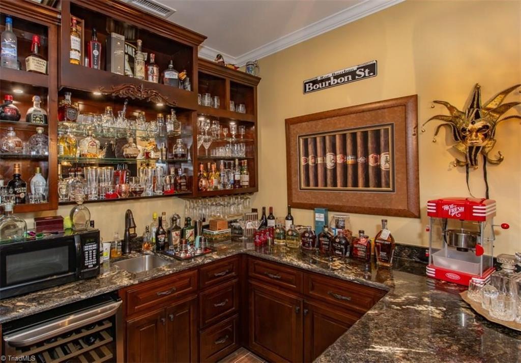 1602 Riverside Drive Property Photo 23
