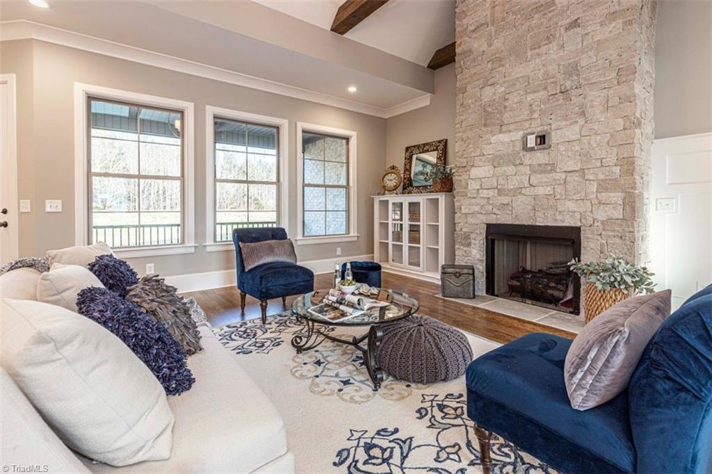 6174 Castlebrook Drive Property Photo 15
