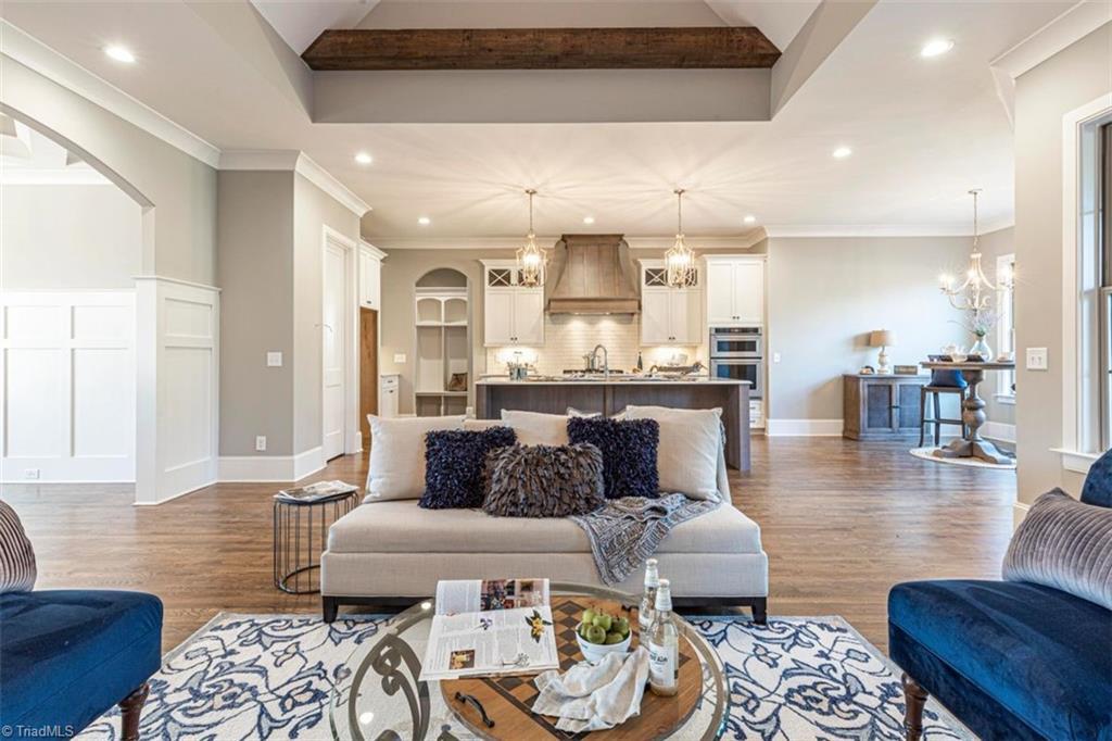6174 Castlebrook Drive Property Photo 19