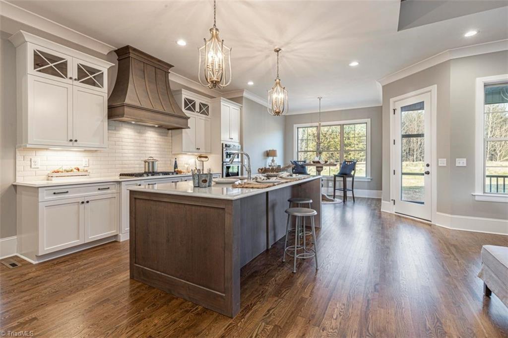 6174 Castlebrook Drive Property Photo 20