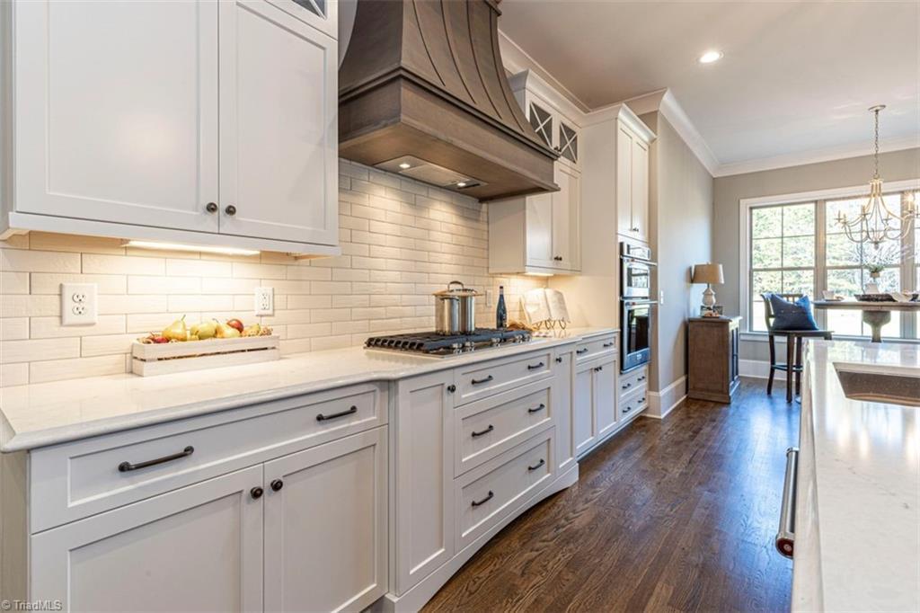 6174 Castlebrook Drive Property Photo 24