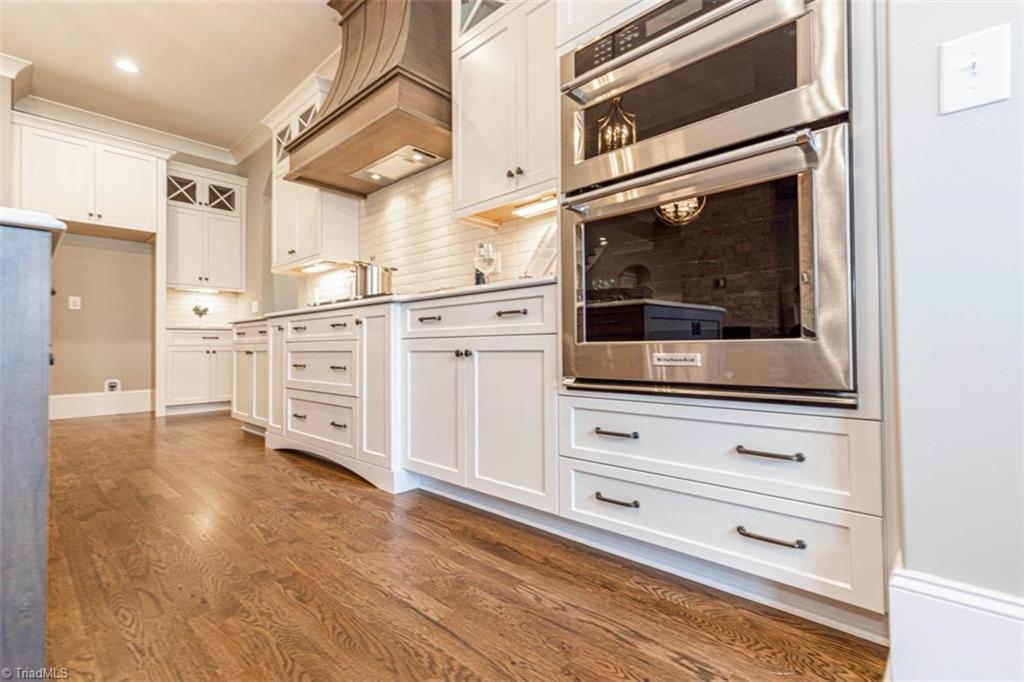 6174 Castlebrook Drive Property Photo 25