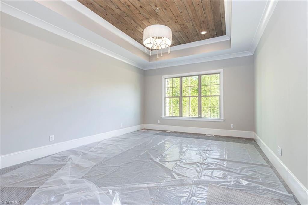 6174 Castlebrook Drive Property Photo 28