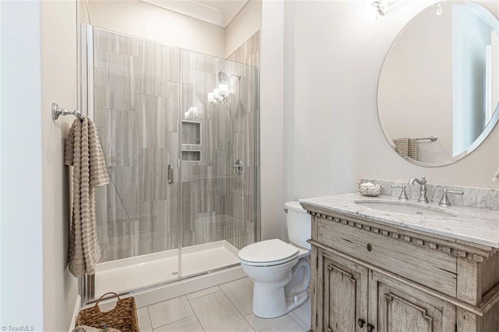 6174 Castlebrook Drive Property Photo 33