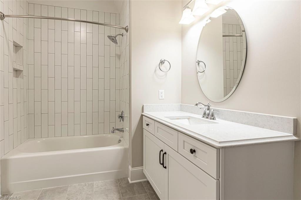 6174 Castlebrook Drive Property Photo 36