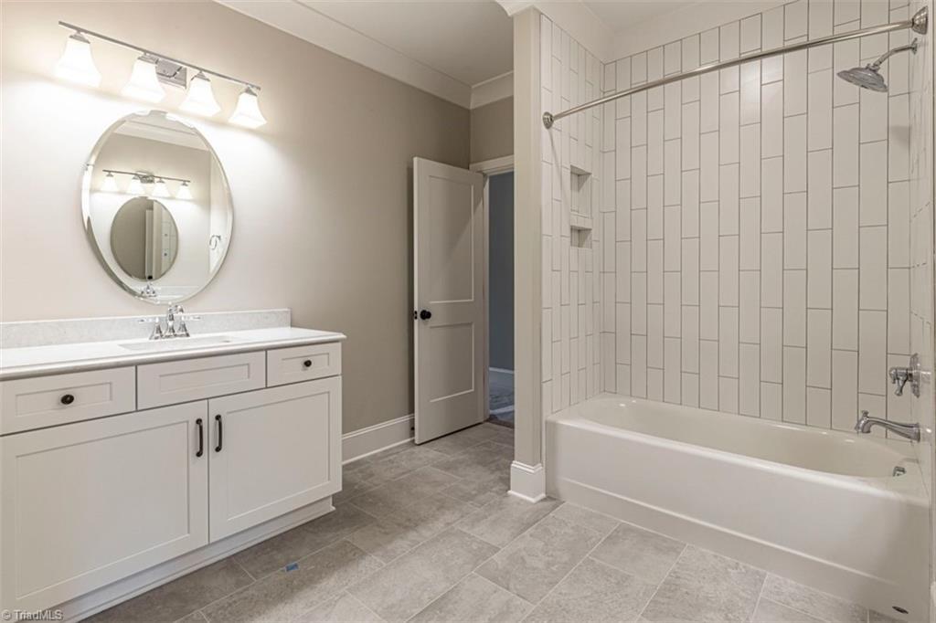6174 Castlebrook Drive Property Photo 37
