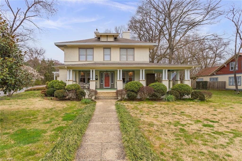 216 W Hunter Street Property Photo 1