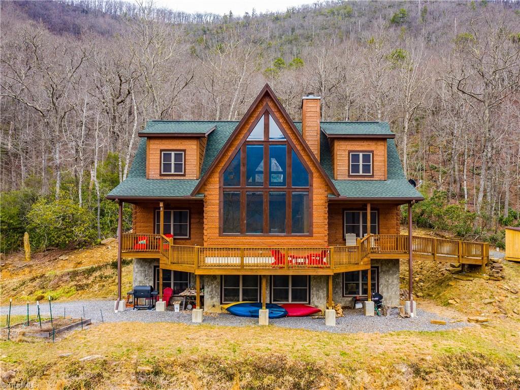 28714 Real Estate Listings Main Image