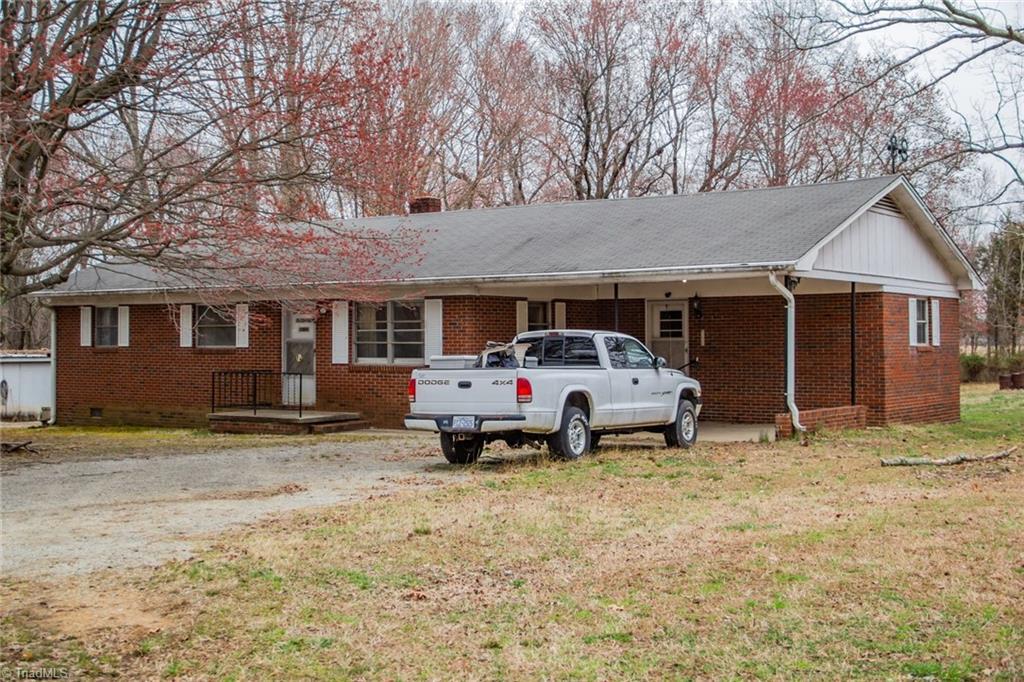 1519 Skeet Club Road Property Photo 1