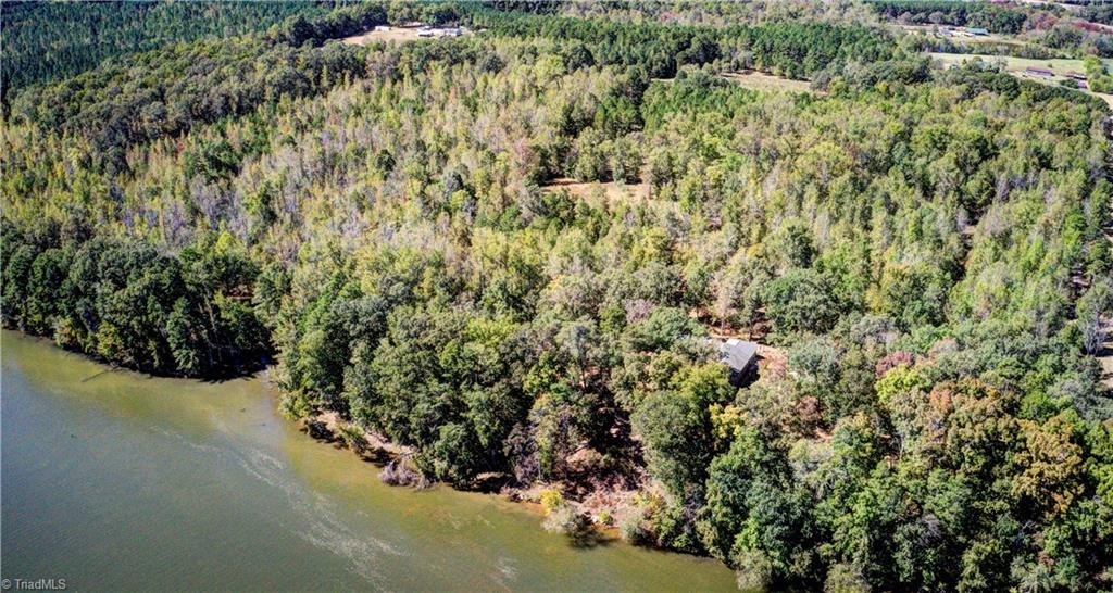 2275 River Road Property Photo