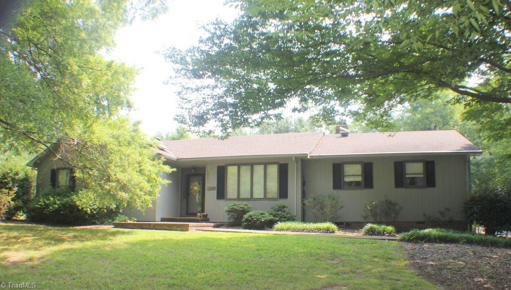 2048 Cynthia Drive Property Photo 1