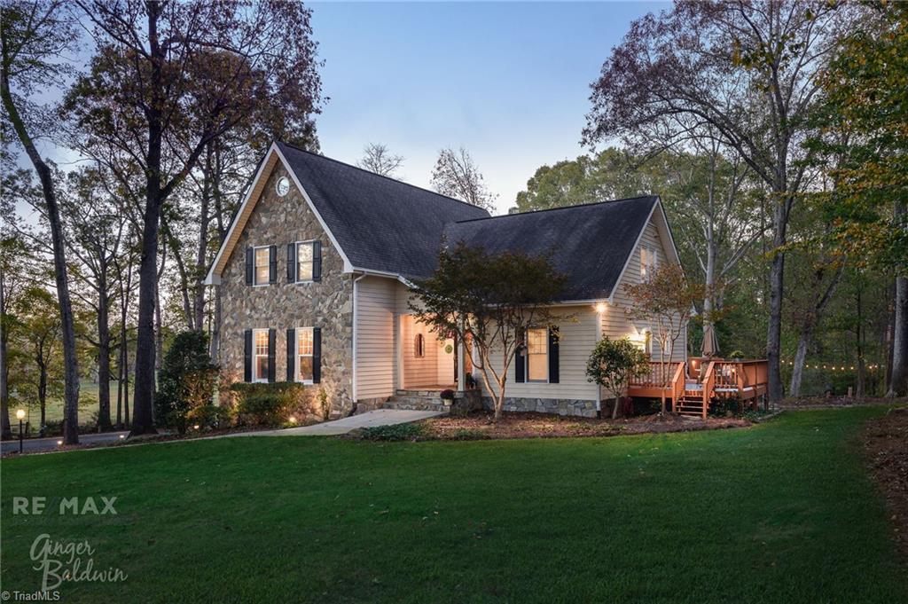 1435 Double Creek Drive Property Photo 1