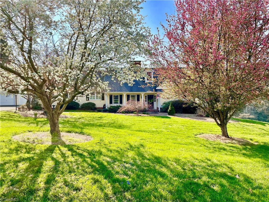 250 Cross Creek Drive Property Photo 1