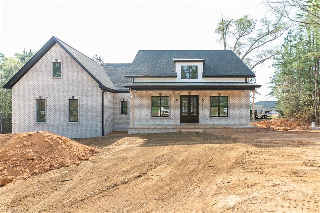 3079 Cascade Drive Property Photo 1