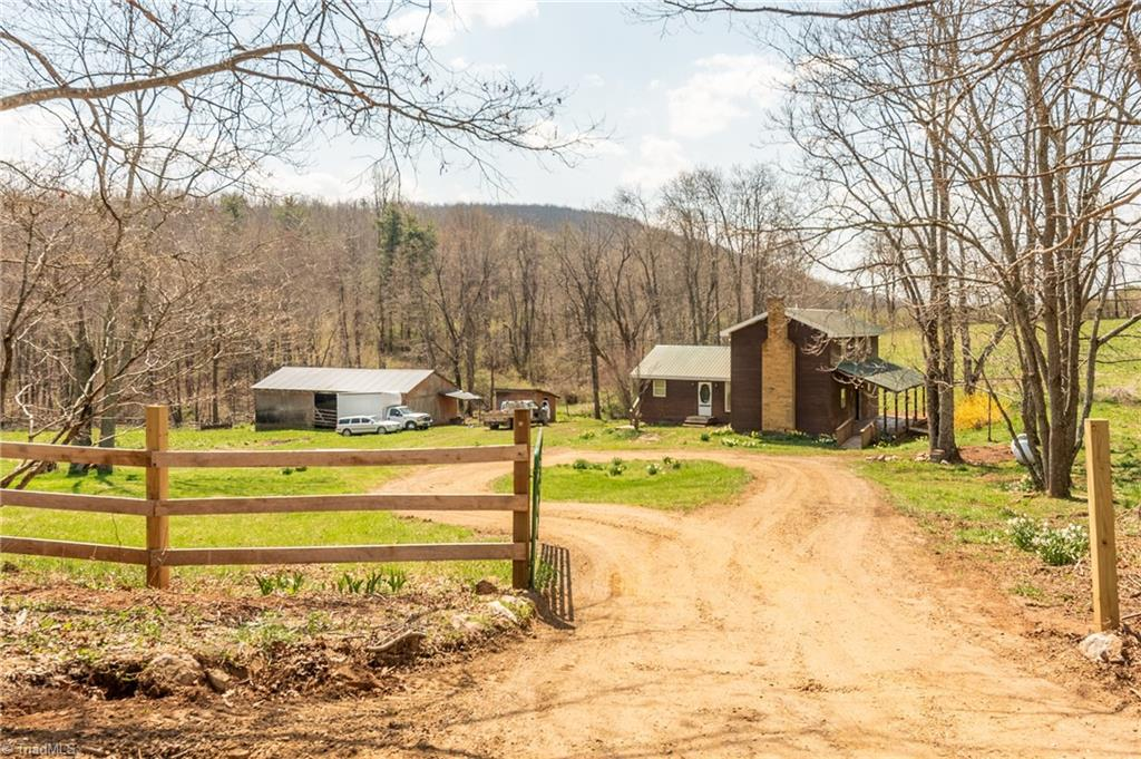 1133 County Line Church Road Property Photo